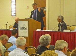 Dorn argues against charter schools at a September public forum.