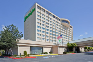 The Sea-Tac Holiday Inn, one of many hotels that ring the airport perimeter.