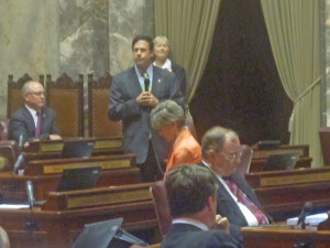 Ways and Means Chair Andy Hill, R-Redmond, makes a pitch for Senate's new spending plan.