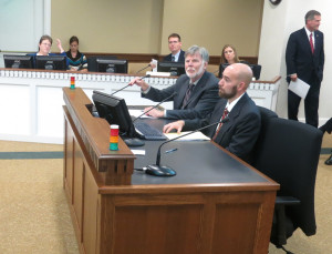 Economist Dick Conway and Jason Mercier of the Washington Policy Center appear before committee.
